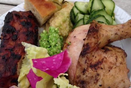 Hybenroseblade i salat